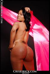 Cris Jorick's sexy naked body in pink wrap: picture 16