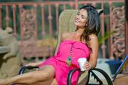 Дениз Милани, фото 5588. Denise Milani Sunbathing in pink :, foto 5588