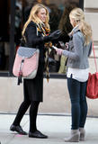 Блейк Лайвли, фото 4849. Blake Lively On the set of 'Gossip Girl' in Manhattan - March 5, 2012, foto 4849