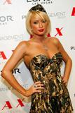 Here's Paris Hilton posing in her army-slut costume at club LAX Halloween night.... Foto 808 (Вот Пэрис Хилтон постановки в ее армии шлюха костюма в клубе LAX Хеллоуин ночью .... Фото 808)